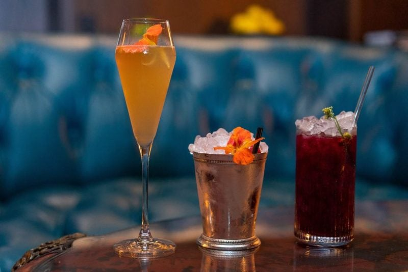 Deep Dive Bar - Cocktails and Snacks